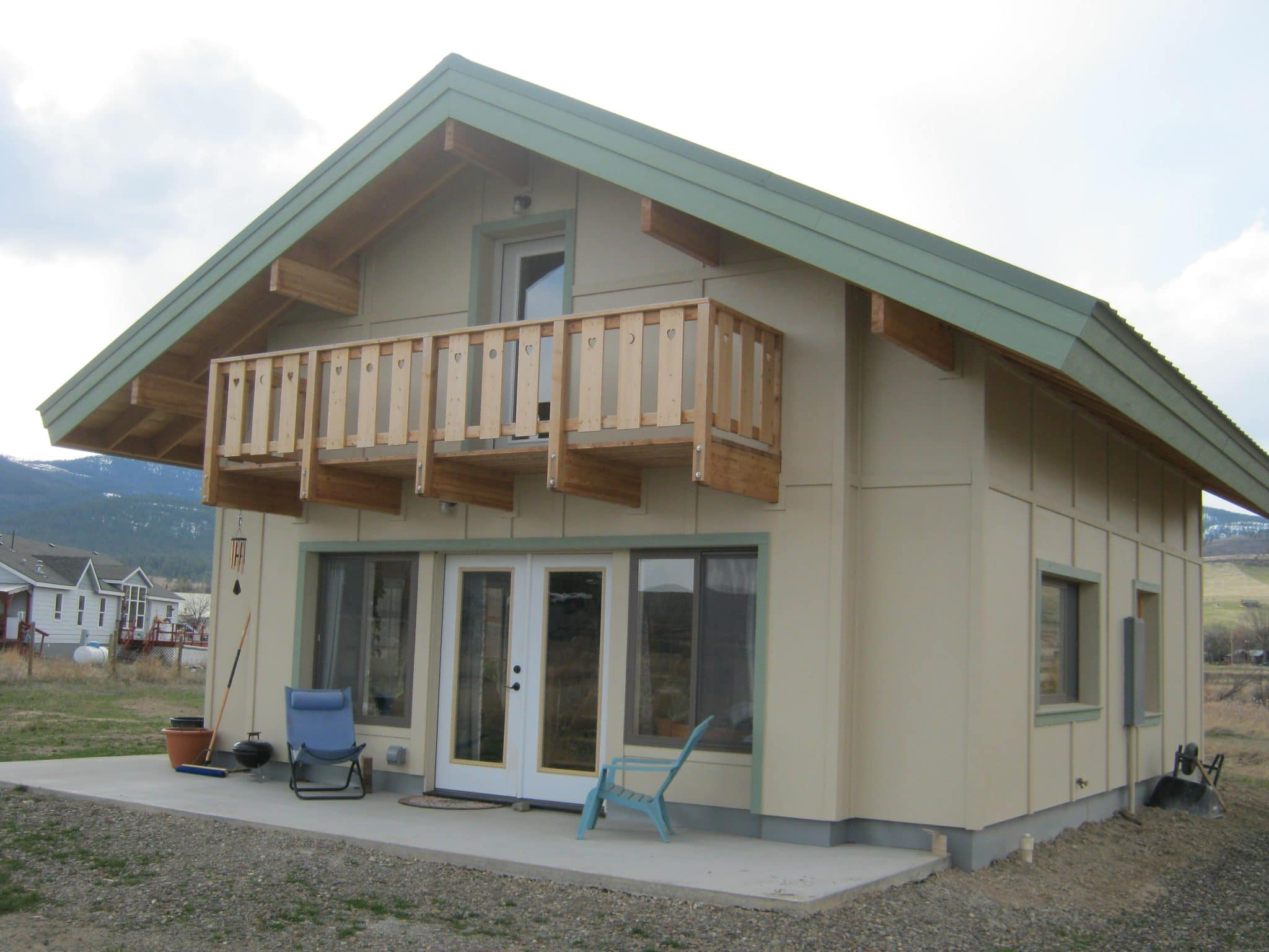 Faswall green building blocks are montana homebuilder 39 s choice for Concrete block construction homes